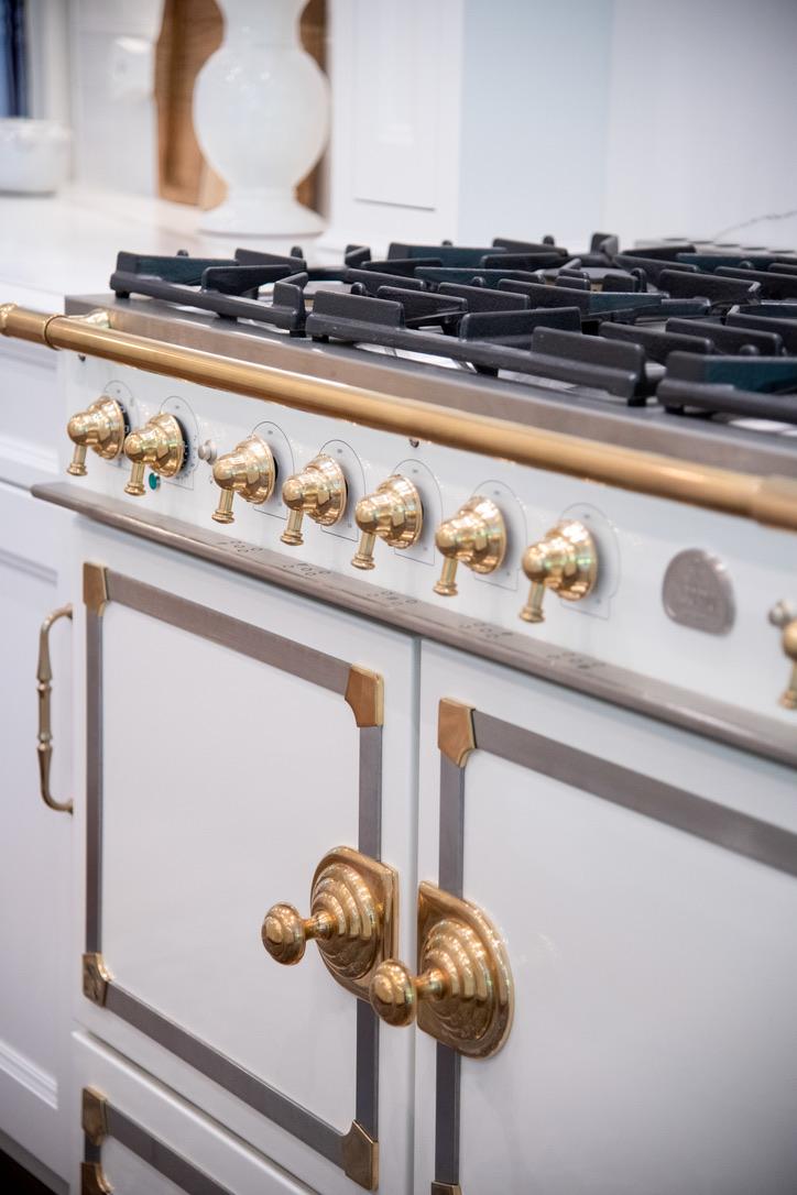 Kitchen_Fairport_NY_Brass_Gas_Range