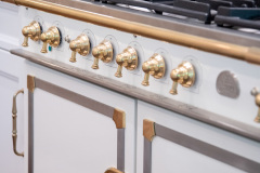 Kitchen_Fairport_NY_Brass_Gas_Range