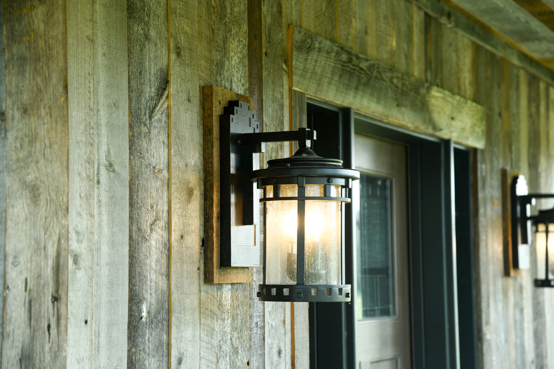 Exterior_Rush_NY_Barnwood_Rustic_Coach_Light_Vertical_Siding-1